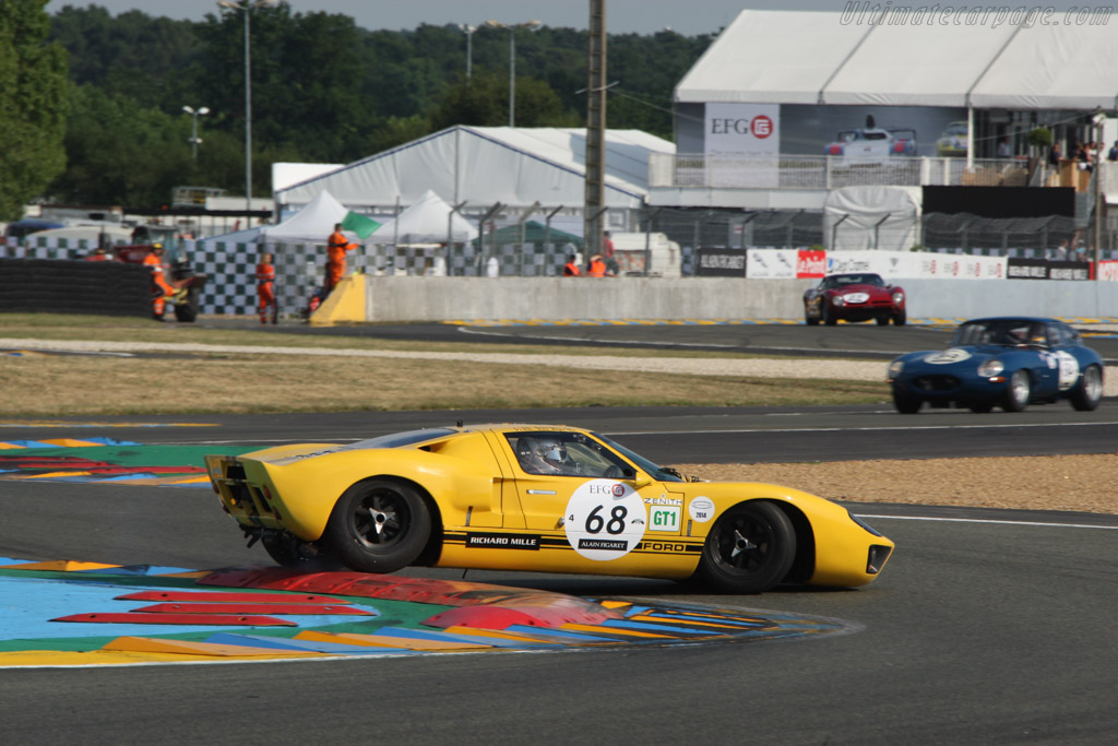 Ford GT40 - Chassis: GT40P/1027 - Driver: Christoph van Riet  - 2014 Le Mans Classic