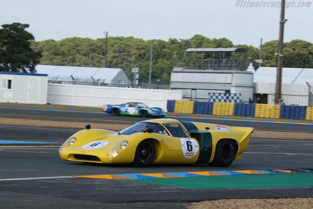 Lola T70 Mk3b Coupe - Chassis: SL76/148 - Driver: Roald Goethe / Stuart Hall  - 2014 Le Mans Classic