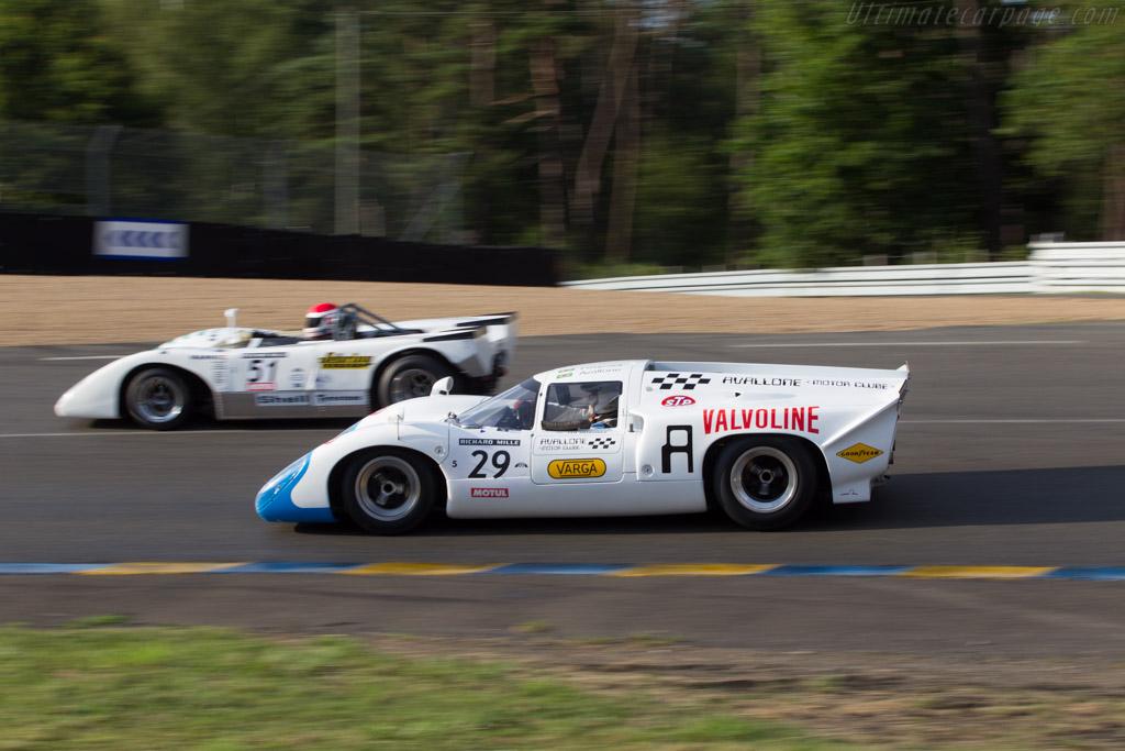 Lola T70 Mk3b Coupe - Chassis: SL76/153 - Driver: Leo Voyazides  - 2014 Le Mans Classic