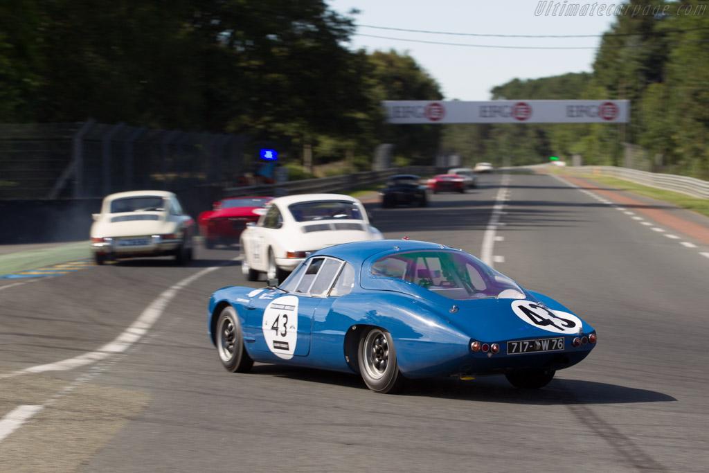 Alpine M63 - Chassis: 1701 - Driver: Hitoshi Kato / Masaki Ohashi  - 2016 Le Mans Classic