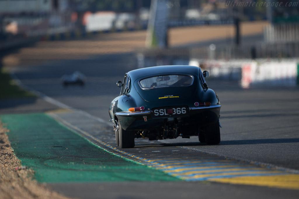 Jaguar E-Type - Chassis: 885342 - Driver: David Hall / Michael O'Shea  - 2016 Le Mans Classic