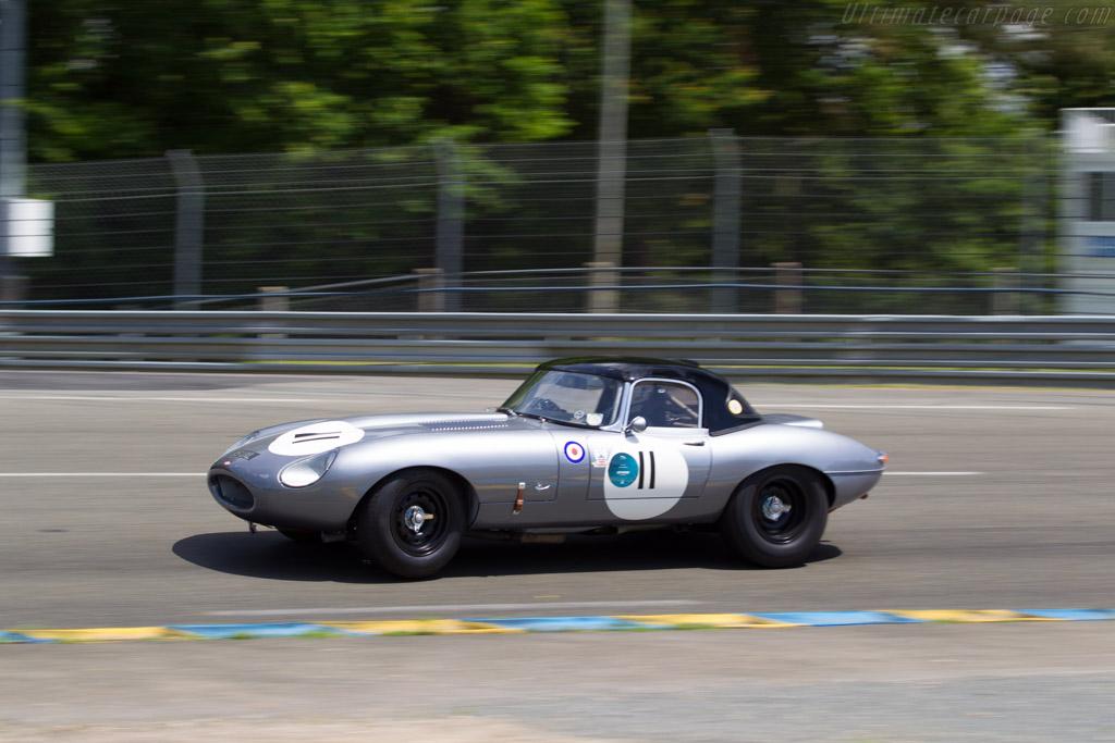 Jaguar E-Type  - Driver: Robert Farrell  - 2016 Le Mans Classic