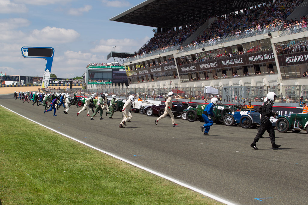 Off they go    - 2016 Le Mans Classic
