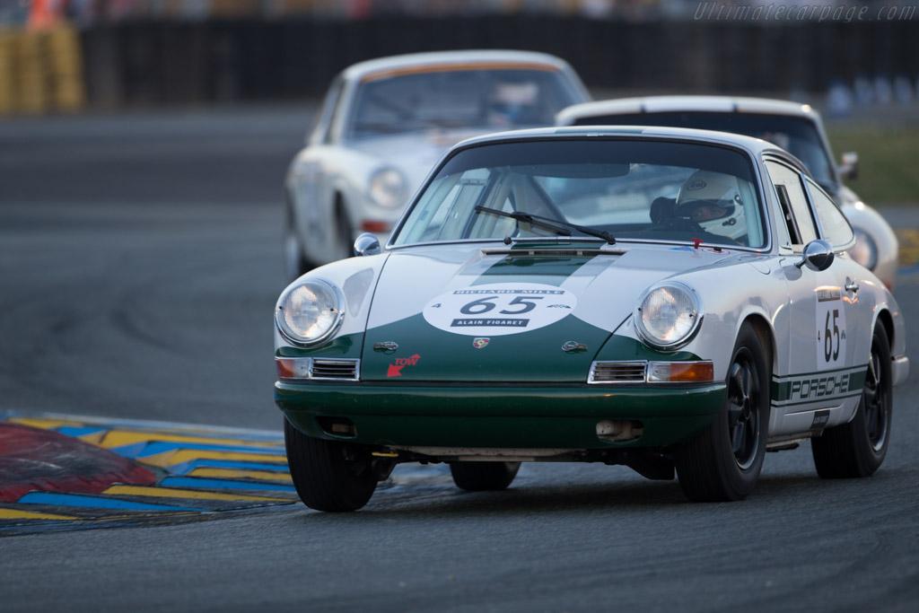 Porsche 911  - Driver: Rahim Aga Khan / Andrew Prill / Richard Clark / Adam Tait  - 2016 Le Mans Classic