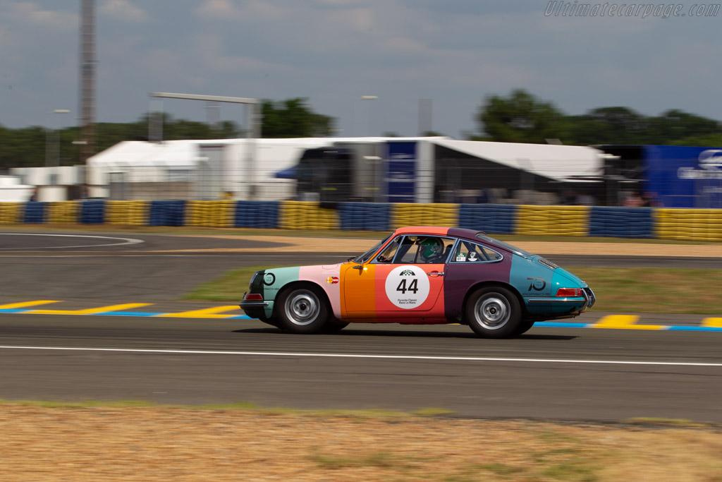 Porsche 911 - Chassis: 303476 - Driver: James Turner  - 2018 Le Mans Classic