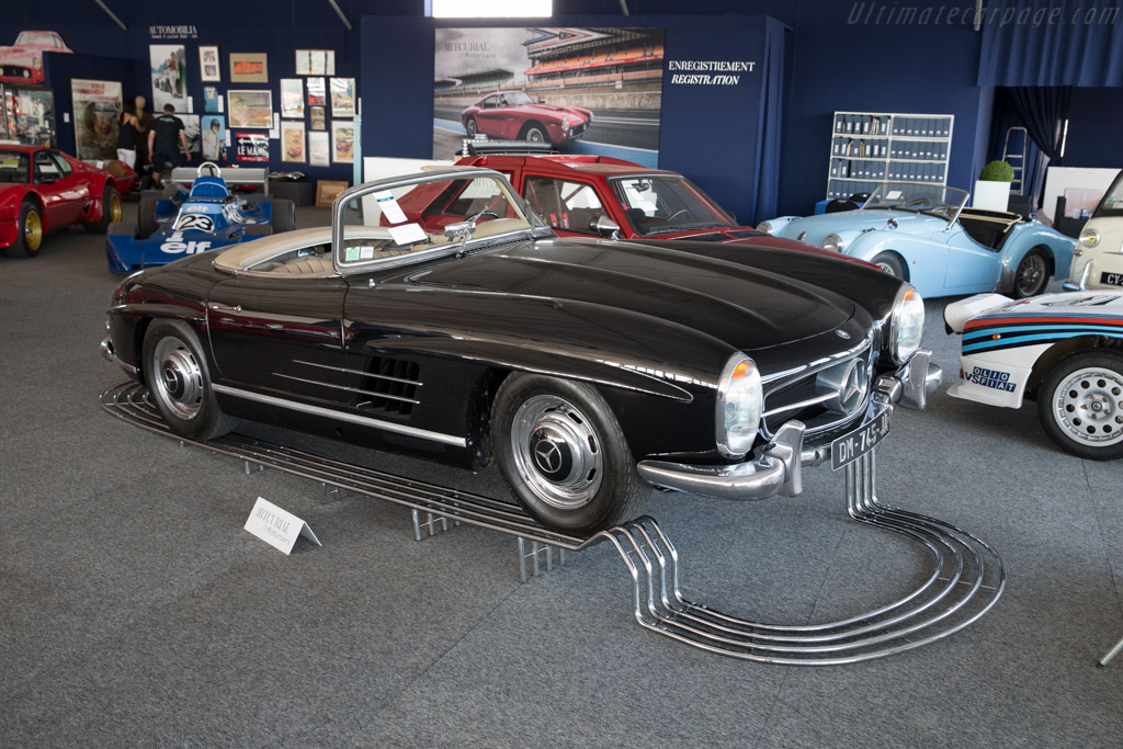 Mercedes-Benz 300 SL Roadster - Chassis: 198.042.10.002781   - 2016 Le Mans Classic
