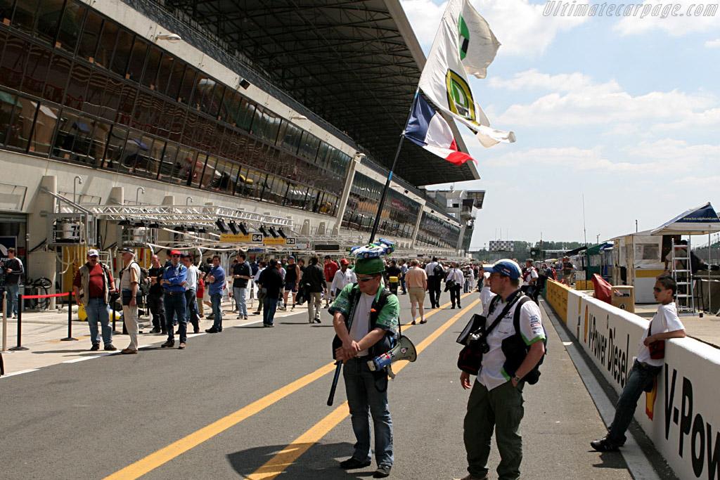 Henri's biggest fans    - 2006 24 Hours of Le Mans Preview