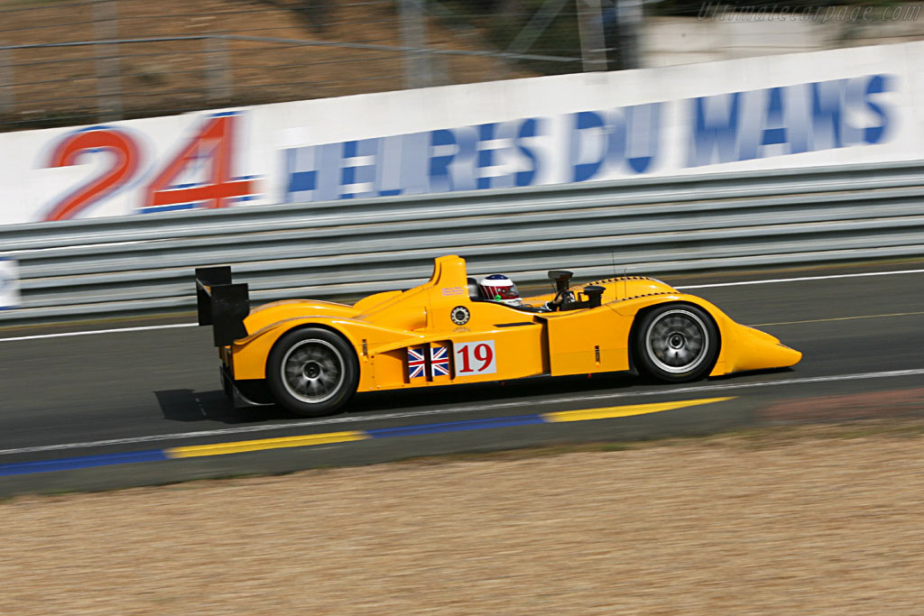 Lola B06/10 AER - Chassis: B0610-HU07 - Entrant: Chamberlain Synergy Motorsport  - 2006 24 Hours of Le Mans Preview