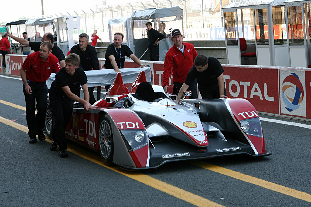 A covert operation - Chassis: 202 - Entrant: Audi Sport North America  - 2007 24 Hours of Le Mans Preview