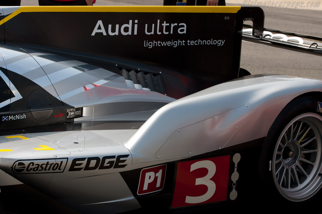 Audi R18 TDI - Chassis: 105   - 2011 Le Mans Test