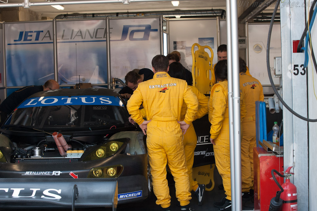 Extraction Team Practice   - 2011 Le Mans Test