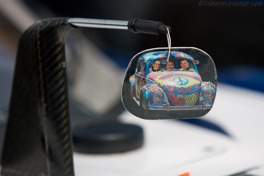 Flower Power for Montagny, Minassian and Sarrazin - Chassis: 908-04   - 2011 Le Mans Test