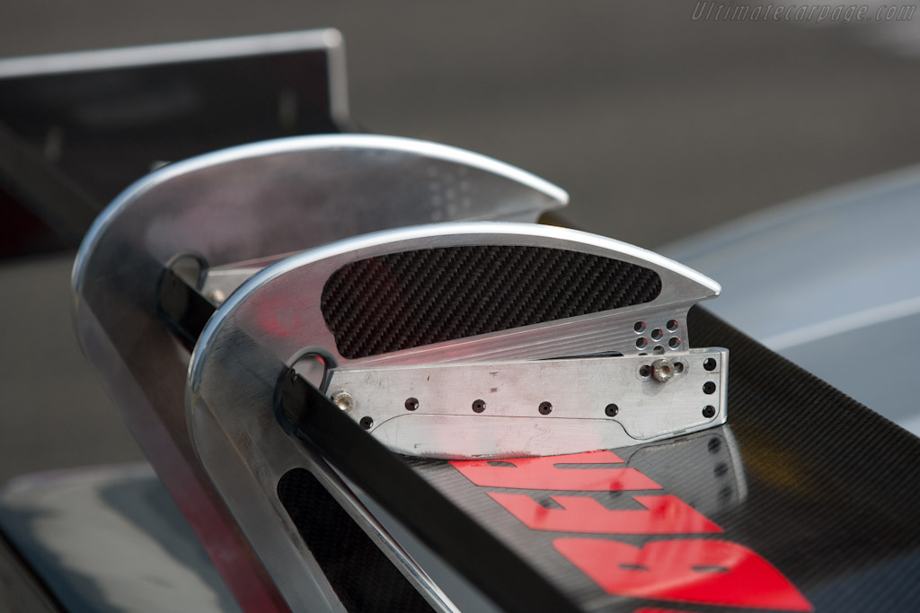 Ford GT rear wing - Chassis: JE5-004  - 2011 Le Mans Test