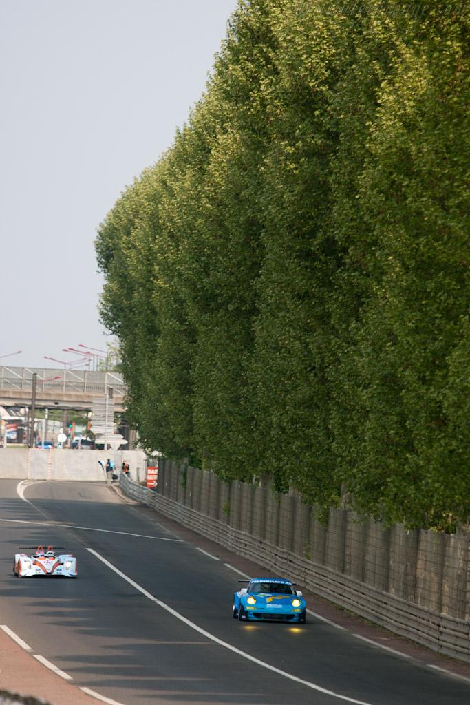 Porsche 997 GT3 RSR - Chassis: WP0ZZZ9ZBS799911b   - 2011 Le Mans Test