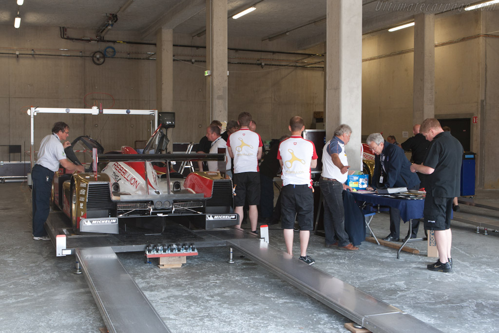 Rebellion Lola going through tech - Chassis: B1060-HU01   - 2011 Le Mans Test