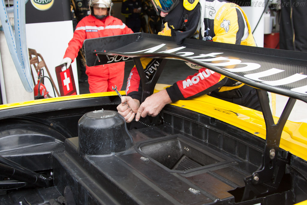 Corvette wing adjustment - Chassis: C6GT-003   - 2012 Le Mans Test