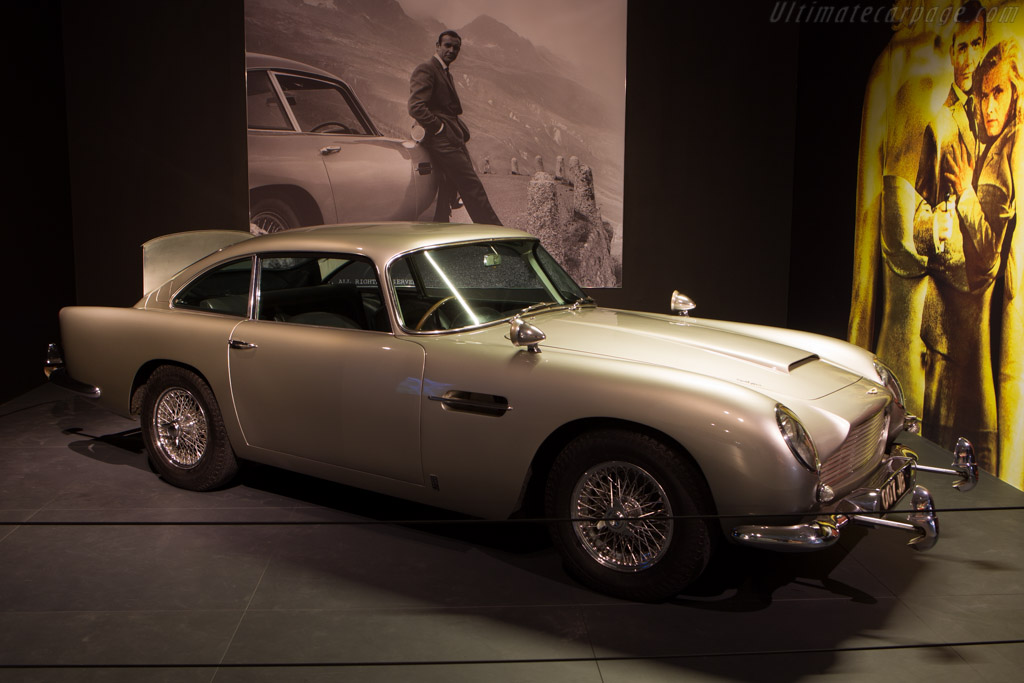 Aston Martin DB5    - The Louwman Museum