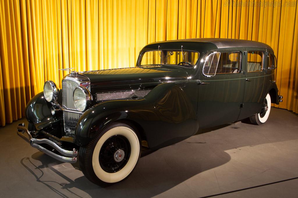 Duesenberg Model J Bohman & Schwartz Limousine Landaulet    - The Louwman Museum
