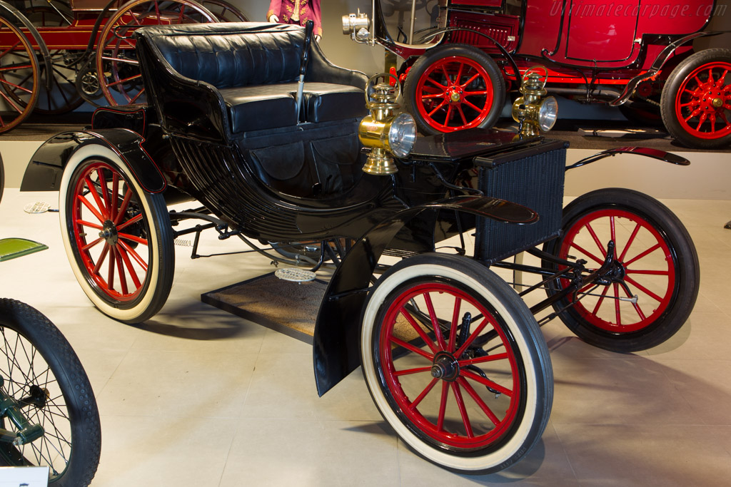 Duryea Four-Wheeled Gasoline Survey    - The Louwman Museum