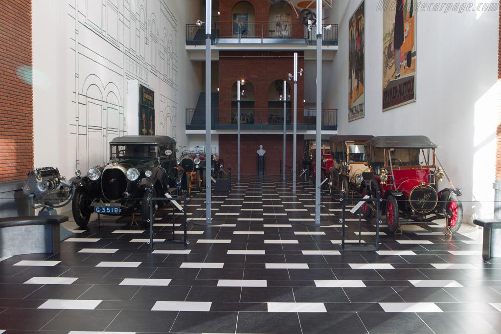 Spyker display    - The Louwman Museum