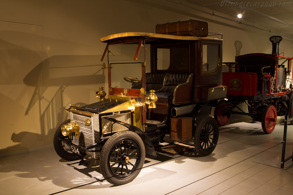 White Model C Steam Car Demi-Limousine    - The Louwman Museum