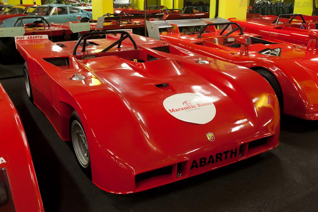 Abarth 2000 Sport SE 010    - Maranello Rosso