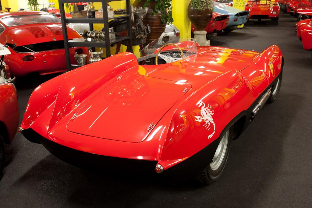 Abarth 207A - Chassis: 011   - Maranello Rosso
