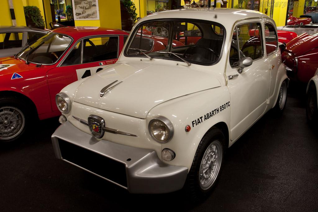 Fiat Abarth 850 TC    - Maranello Rosso