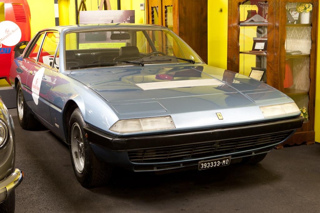 ex-Enzo Ferrari 365 GT4 2+2    - Maranello Rosso