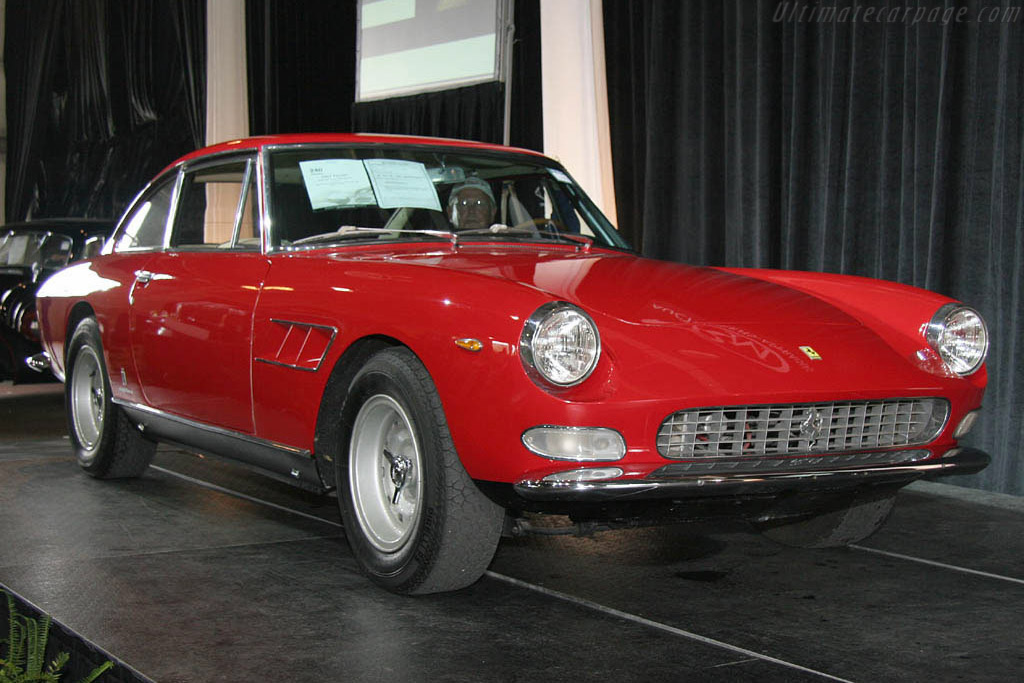 Ferrari 330 GT 2+2 Series II - Chassis: 09305   - 2006 Meadow Brook Concours d'Elegance