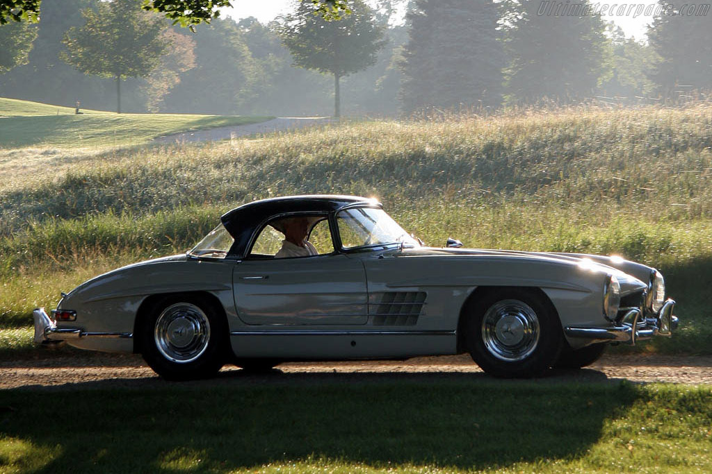 Mercedes benz 300 sl roadster 2006 meadow brook concours for 1946 mercedes benz