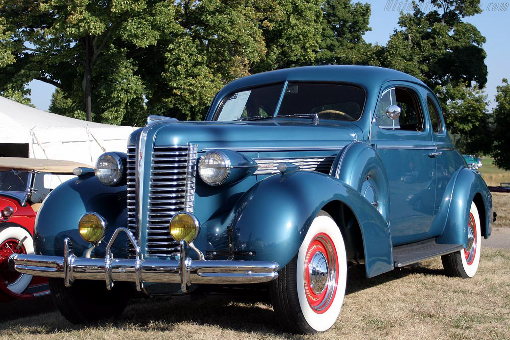 1938 Buick Special Opera Coupe     - 2007 Meadow Brook Concours d'Elegance