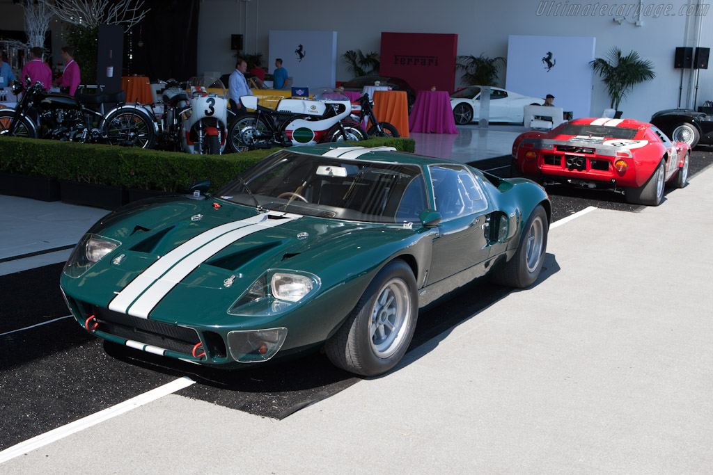 Ford GT40    - 2012 McCall Motorworks Revival