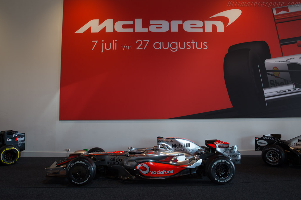 McLaren MP4/23 Mercedes    - McLaren at the Louwman Museum