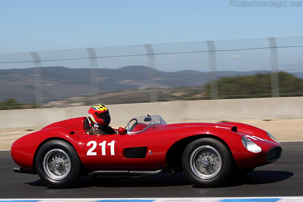 Images Ferrari Racing Cars
