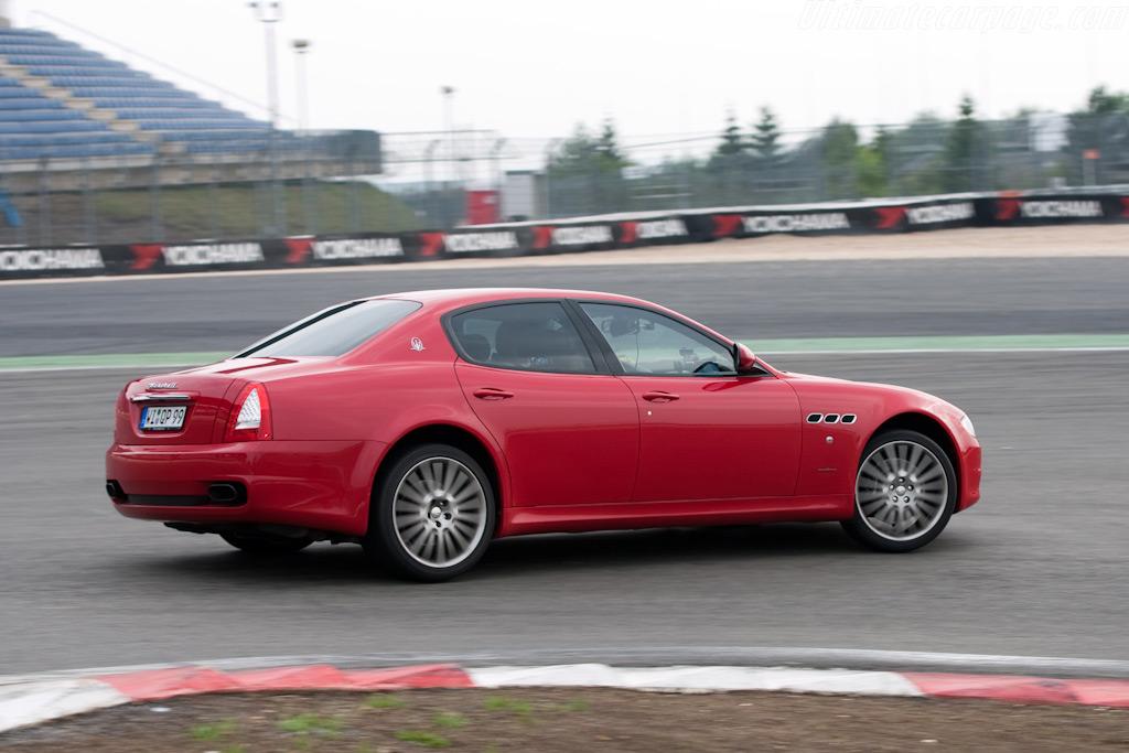 Maserati Quattroporte    - 2009 Modena Trackdays