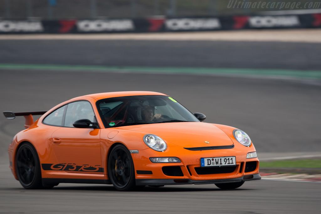 Porsche 997 GT3 RS    - 2009 Modena Trackdays