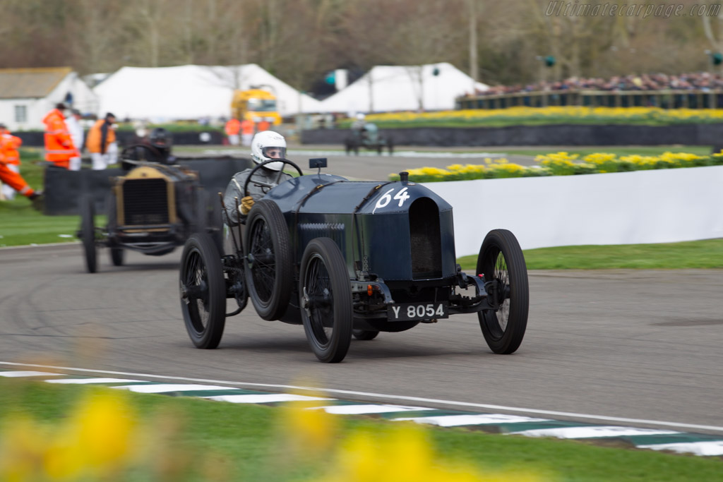 Benz 200 Hornsted - Chassis: 36010 - Driver: Markus Kern  - 2017 Goodwood Members' Meeting
