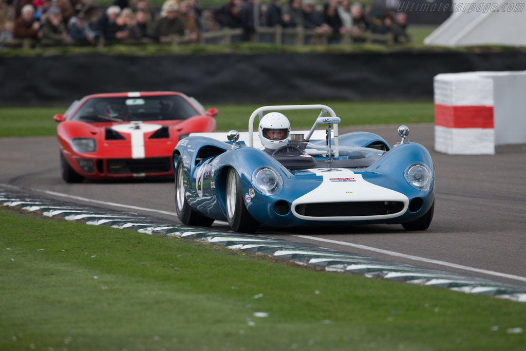 Lola T70 Mk1 - Chassis: SL70/12 - Driver: Michiel Smits  - 2017 Goodwood Members' Meeting