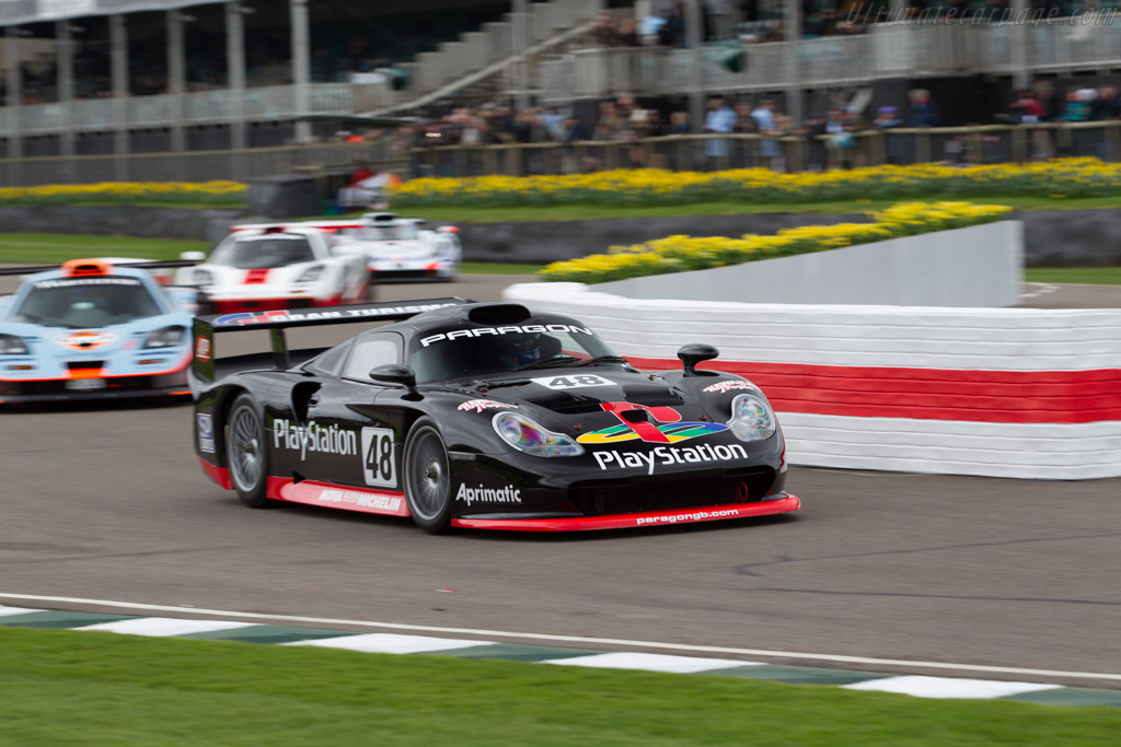 Porsche 911 GT1 - Chassis: 993-GT1-109 - Driver: Mark Sumpter  - 2017 Goodwood Members' Meeting