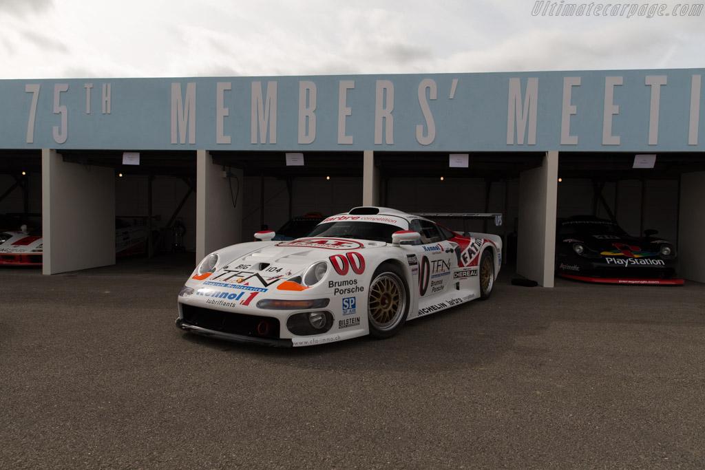Porsche 911 GT1 - Chassis: 993-GT1-104 - Entrant: Joe Twyman  - 2017 Goodwood Members' Meeting