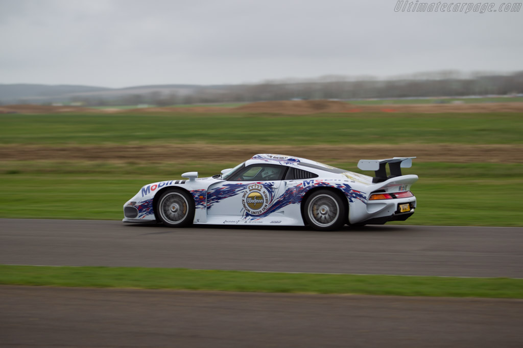 Porsche 911 GT1 Strassenversion - Chassis: 1 - Driver: Andrew Pisker  - 2017 Goodwood Members' Meeting