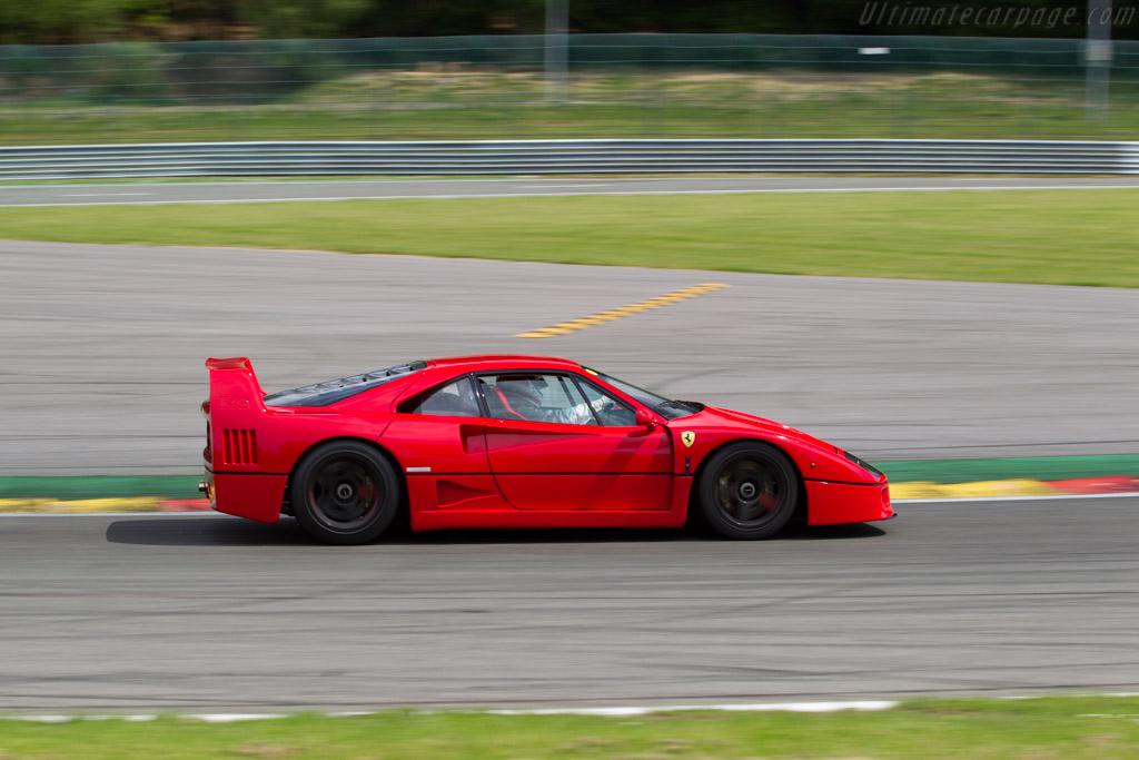 Ferrari F40 - Chassis: 84643   - 2015 Modena Trackdays
