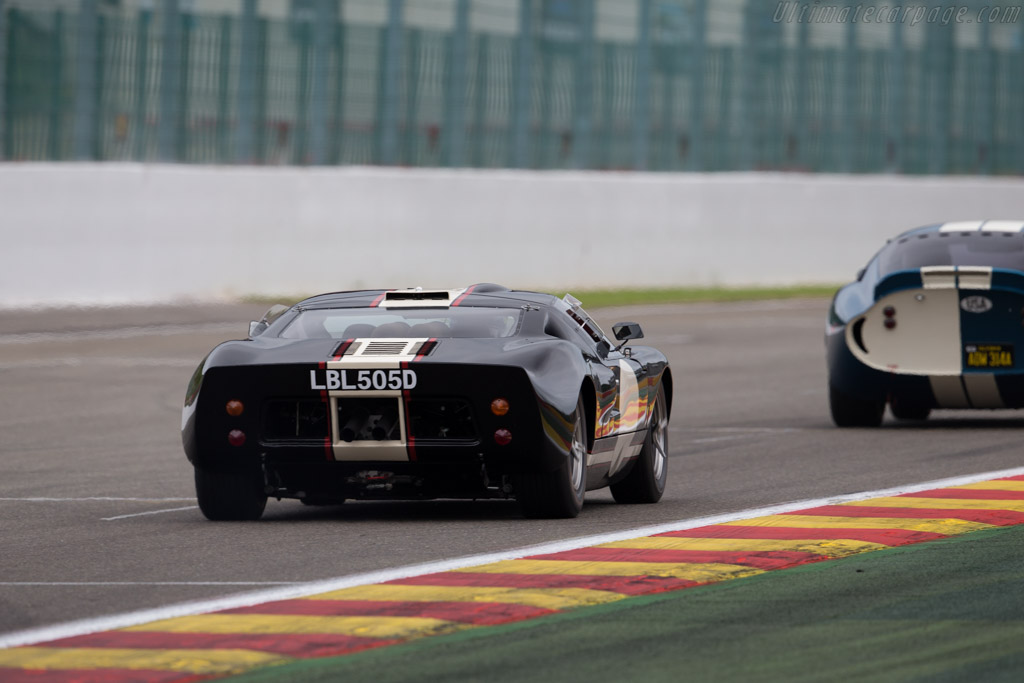 Ford GT40 - Chassis: GT40P/1023 - Entrant: Christian Glaesel  - 2015 Modena Trackdays
