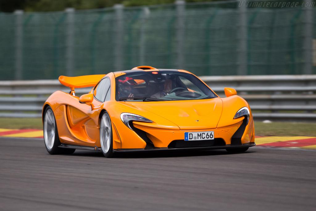 McLaren P1 - Chassis: SBM12ABBXFW000071   - 2015 Modena Trackdays