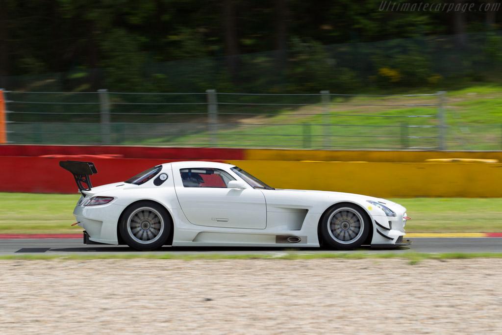 Mercedes-Benz SLS AMG GT3    - 2015 Modena Trackdays