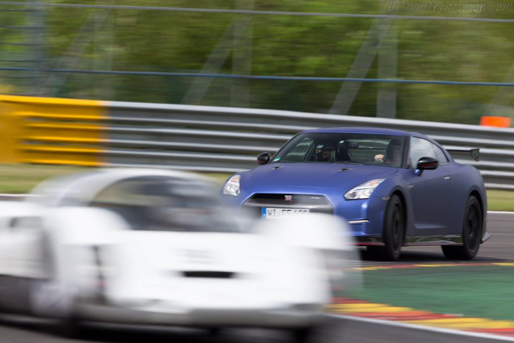 Nissan GT-R    - 2015 Modena Trackdays