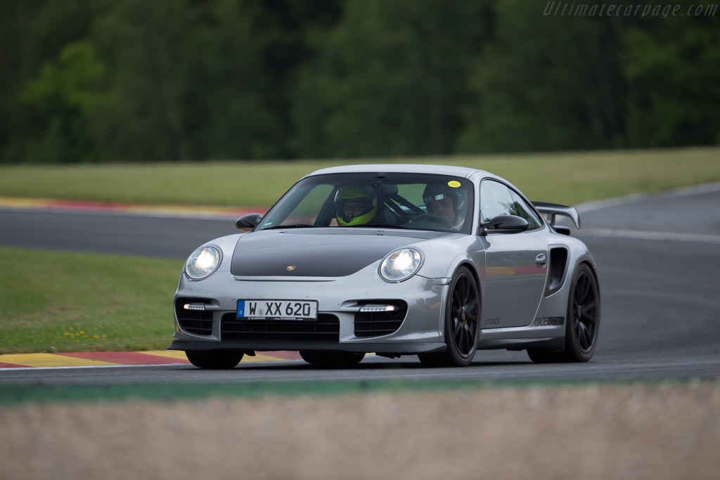 Porsche 911 GT2 RS - Chassis: WP0ZZZ997BS776114   - 2015 Modena Trackdays
