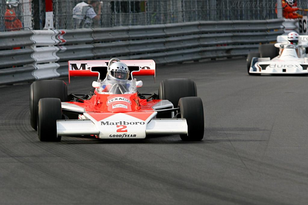 McLaren M23 - Chassis: M23-12   - 2006 Monaco Historic Grand Prix