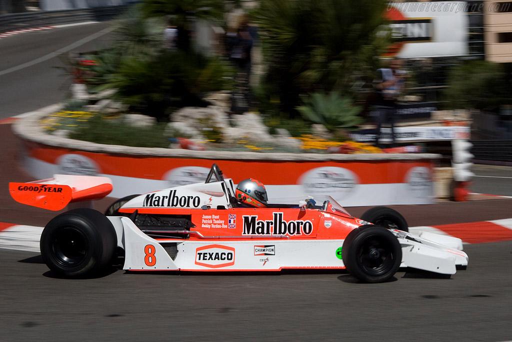 McLaren M26 - Chassis: M26-5 - Driver: Bobby Verdon-Roe  - 2008 Monaco Historic Grand Prix